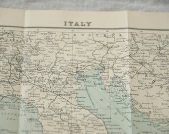 1929 Italy Antique Map