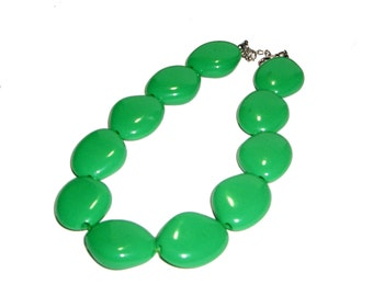 Chunky Green Bead Necklace - Green Necklace / Green Bead Necklace / Bead Strand Necklace - Bright Green / Kelly Green