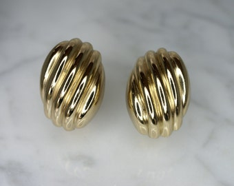 Christian Dior Yellow Gold Plated Ribbed Clip Earrings