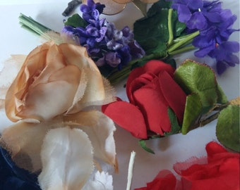 VintageCorsage, Thirteen Fabric Flowers and Trims,  Milinery,Haberdashery,  Hat Decoration, Upcyling, Fabric, 1950s-70s