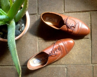 Vintage 1970's Chestnut Brown Lace-up Oxford Saddle shoes//Women's Size 7