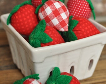 Fabric and Felt Strawberries - Felt Food for Pretend Play