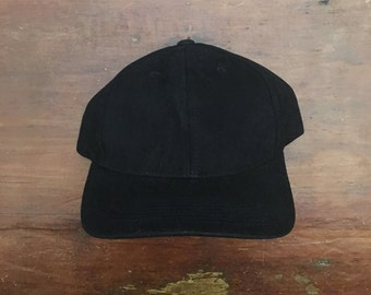 Vintage Deadstock New Blank Black Strapback Hat Baseball Cap