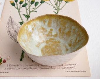 Ceramic yellow leopard ring dish, ring dish, ceramic bowl, pottery dish, jewellery display, unique gift, handmade ceramic, pottery bowl