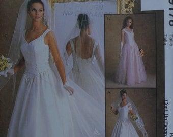 Evening *Bridal * Prom* Dress Pattern Uncut FF Bust 34-36-38 Size 12-14-16 McCall's 9178