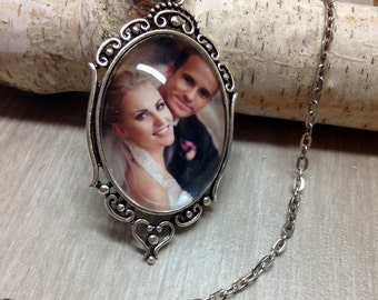 Custom Photo Necklace - Keychain - Picture Necklace - Personalized Necklace - Photo Jewelry - Gift - Keepsake - Antique Oval Pendant