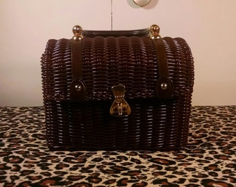 Vintage Faux Wicker Brown Purse ( made of plastic) Made in Hong Kong PRICE REDUCED