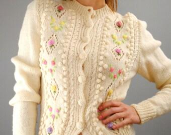 Vintage 50's Cream Knit Cardigan 1950s white sweater 60's floral print 1960s wool sweater Medium