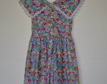 SALE Girl's Vintage 1970's Floral Sun Dress
