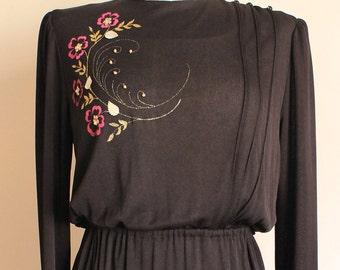 Vintage 1970s Dress - 1970s Dress - Floral Print -Polyester Dress - Midi Dress
