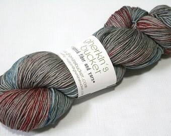 Hand Dyed Artisan Yarn, Kettle Dyed Sock Yarn, Contrast Splash SW Merino Wool Yarn, Simple SW Sport - Rustic colorway (dyelot 61416)