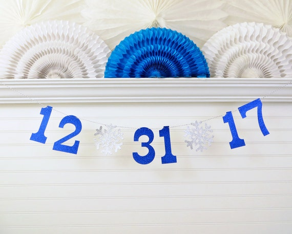 Glitter Winter Wedding Date - 5 inch numbers with Snowflakes - Save the Date Banner Winter Snowflake Wedding Sign Wedding Date Photo Prop