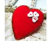 Valentine's day - Red Heart Shape Felt Brooch With  Four Leaf Clover Button Design