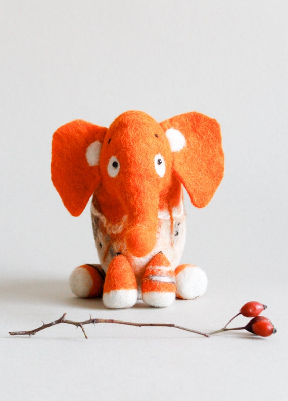 Gisela - Felt Elephant Art Toy. Puppet, Marionette. Felt toy. Mothers Day Gift. Stuffed Toy, Spring Toy. orange bright sunny . READY TO SHIP