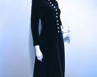 Vintage 1960s GOTHIC VICTORIAN Dr Zhivago Style Pitch Black Velvet Maxi Coat // Large Metal Buttons
