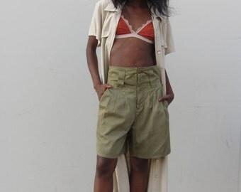 Vintage bermuda shorts 90s Olive green high waisted shorts