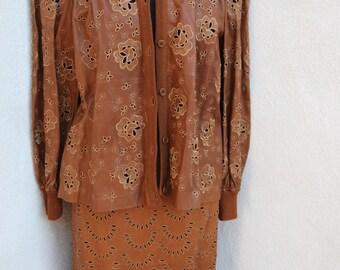 Vintage buttery Carmel leather suit Valentino Pelle sz S cutout print
