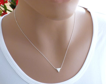 Sterling Silver Triangle Necklace, Silver Triangle Necklace, Small Triangle Necklace, Little Silver Triangle Necklace ,Geometric Necklace.
