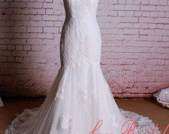 Sweetheart Neckline Wedding Dress Mermaid Style Bridal Gown with Chapel Train Elegant Lace Bridal Gown Ivory Wedding Dress
