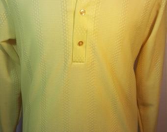 FREE  SHIPPING  1970 Men  Abstract Knit Shirt