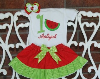 Girls Watermelon Birthday Outfit! Red watermelon birthday outfit with applique top, ruffle skirt, and hair bow!