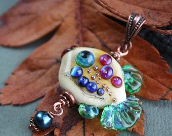 Glass lampwork pendant with fish, Lampwork fish, Glass fish Beads, Fish jewerly, Fish Necklace, Animal Beads, handmade beads, sea jewelry