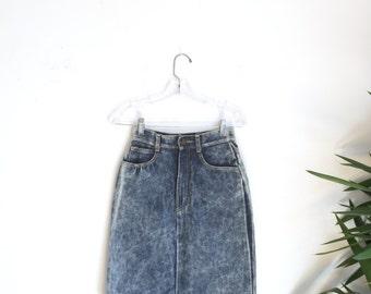 "SALE Vintage 1990s denim high waist pencil skirt, size extra small xs 26"""