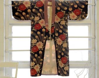 Rose and Feather Kimono