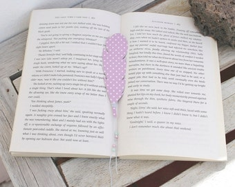 Purple feather bookmark, trendy gift for her, book lover, page marker