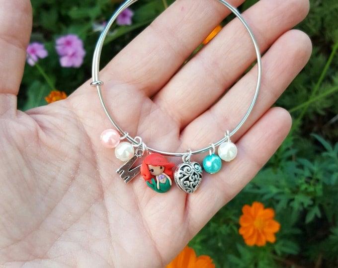 Princess disney inspired custom bracelet  with letter,Adjustable,Disney Princesses.Disney jewelry. Clay charm. Choose your Princess