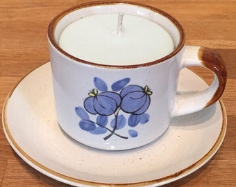 """Teacup candle scented soy wax """"Sandalwood"""""""