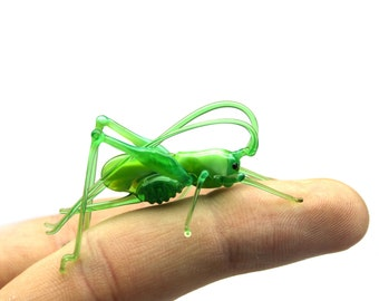 Grasshopper Glass Miniature, Migratory locust Animals Glass, Hand Blown Glass Lampwork Collectible Grasshopper Figurine
