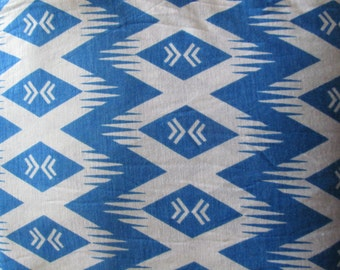 4.25 yds--Light weight blue and white print Jersey Knit