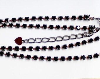 1pcs--Necklace With Black Stones, Rhinestones (B51-15)