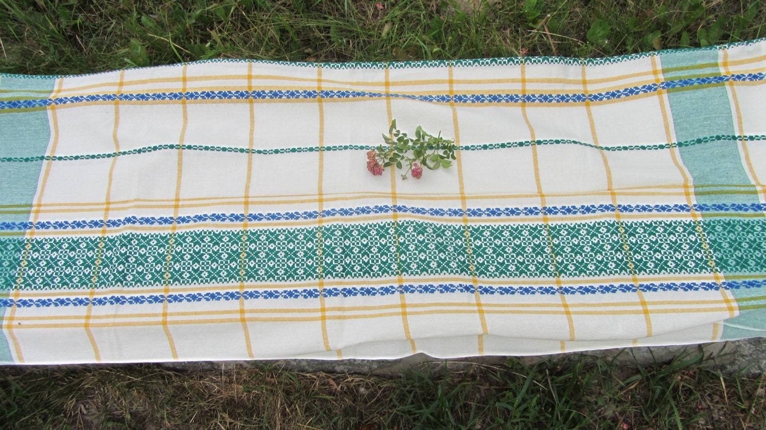 Vintage cotton tablecloth, White and green tablecloth with Ukrainians ornament,