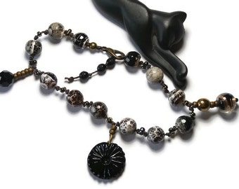 Bracelet charms, cracked agate and pearls bronze, layering
