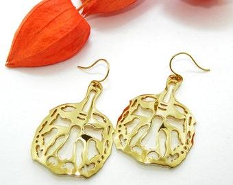 Golden Brass Earrings, Animal Earrings, Brass Tiger Earrings, Filigree Statement Earrings, Tiger Filigree, Gift for Her