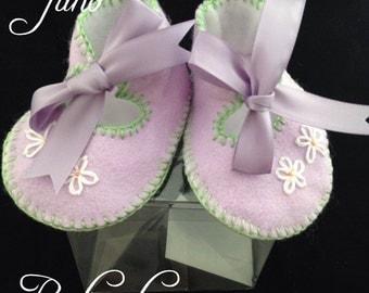 Baby pram/crib shoes age 0 - 3 months