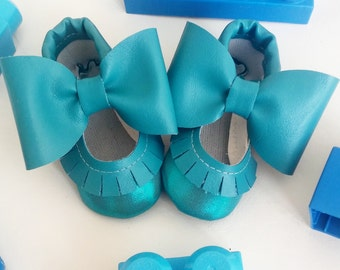 two tone teal mary janes