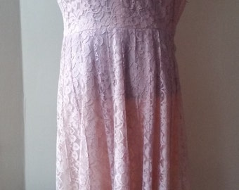 Vintage Pink Lined Lace V-Neck Dress
