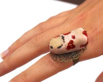 Halloween ring severed finger ring horror ring goth ring halloween fancy dress ring creepy ring gothic jewellery horror ring severed pinkie