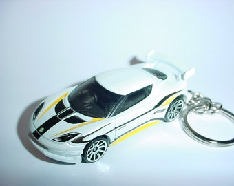 3D Lotus Evora GT4 custom keychain by Brian Thornton keyring key chain finished in white/black color race trim