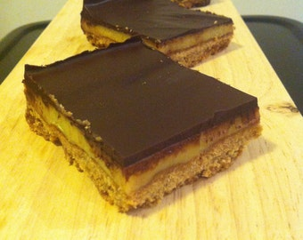 Caramel Slice with Chocolate Layer Box of 28 Individually Wrapped Pieces