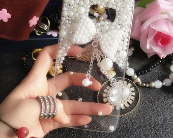 New Bling White Sparkles Diamonds Charms Tassel Bow Pendant Pearls Gems Crystals Rhinestones Fashion Lovely Hard Cover Case for Mobile Phone