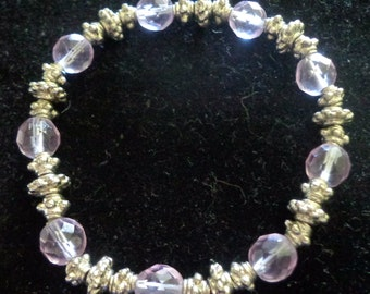 Fashion Bracelet - Lilac colored Beads with carved silver