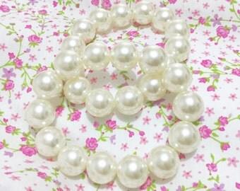 Pair of pearl bracelets