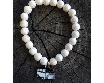 White Howlite gypsy pendant bracelet!