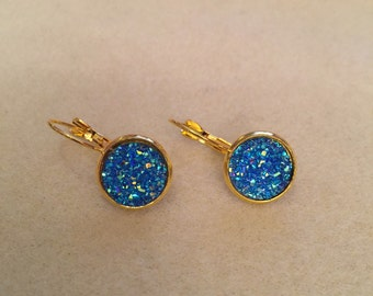 Druzy turquoise colored