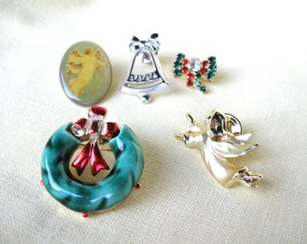 Lot of 5 Vintage Chiristmas / Holiday Jewelry Pins