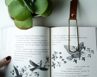 Classic Leather Bookmark